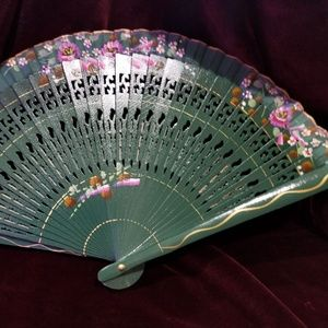 Wood Handpainted Hand Fan - Forrest Green with Pin